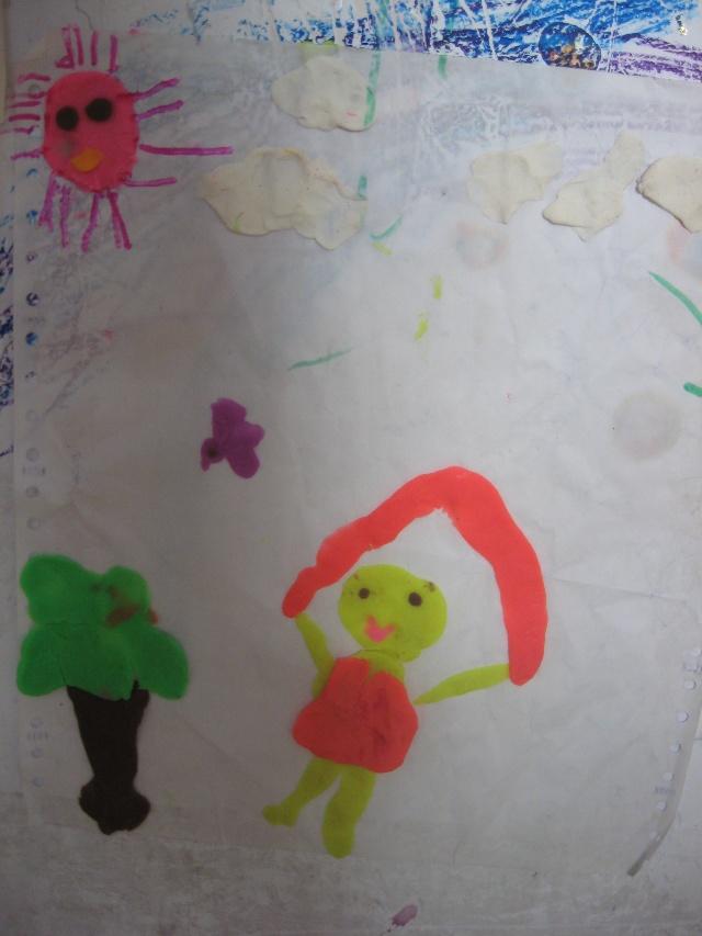 儿子做的橡皮泥贴画