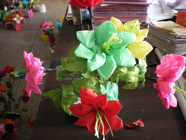 尹昱蘅的手工纸花,把丝网花的做法
