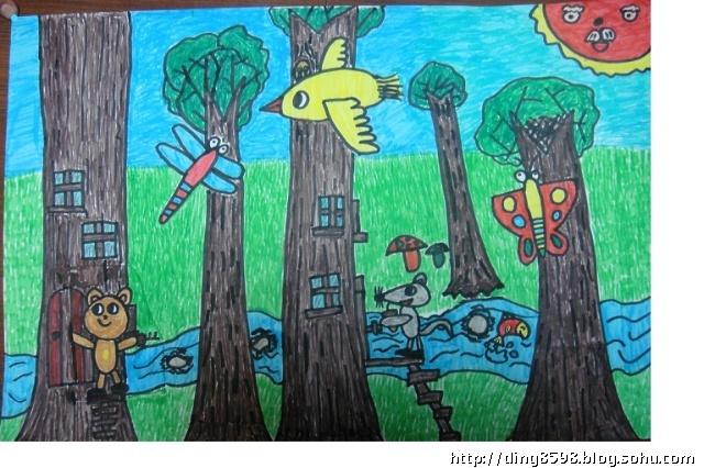 今天我画了一幅森林的图画,去参加美术的环保大赛。 我想象中,森林里有高大的树木,有五颜六色的蘑菇,有绿油油的草地。大树里住着小熊和小老鼠,小鸟把家安在了大树茂密的枝叶里,小蜻蜓、小蝴蝶在林间自由的飞翔,一条小溪哗啦啦地穿过树林,常常能看见小鱼跳出水面,溅出一串串水花,太阳公公时常从树叶的缝隙中露出喜悦的笑脸。 我觉得我画的森林特别漂亮!请大家不要浪费资源,保护环境,让我们的森林越来越美!