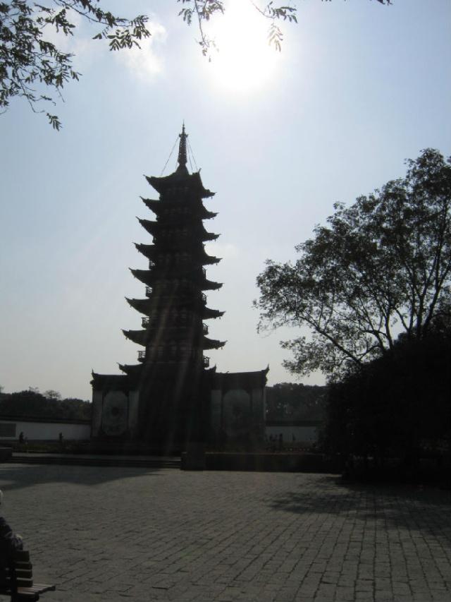 闲游申城--方塔园