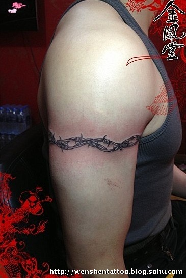 荆棘纹身 字母纹身 玫瑰花纹身图